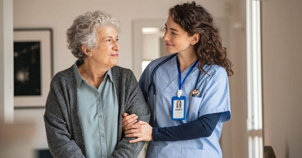 10 consejos para comunicarse con una persona mayor